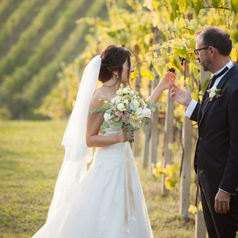 sposi nella vigna de La Spinetta Casanova