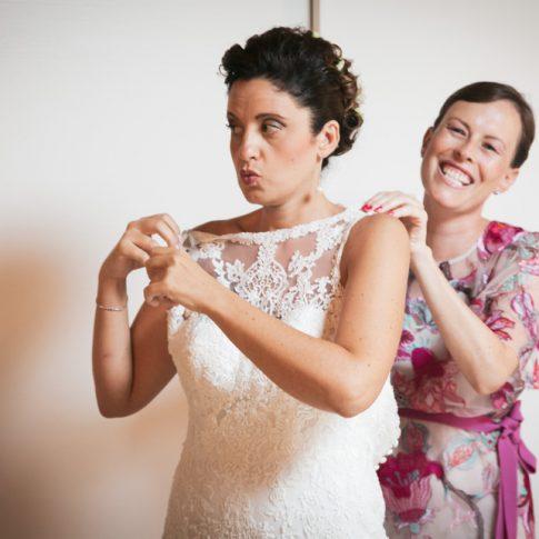 vestizione sposa, abito da sposa